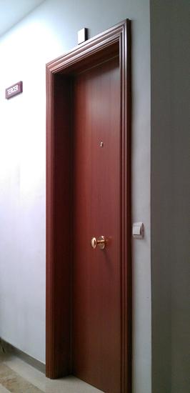 Puertas blindadas cerrajer a tsp - Persianas blindadas ...